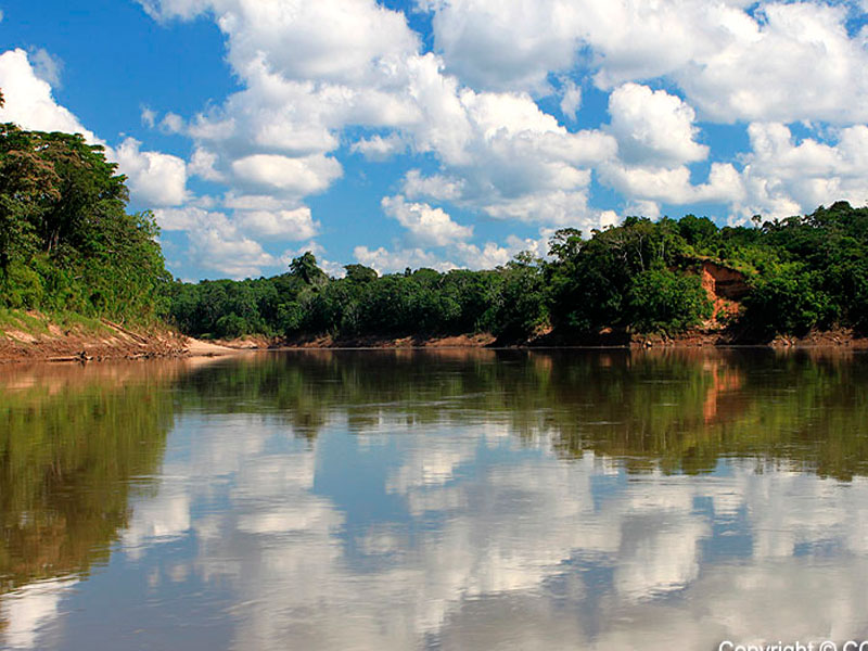 tambopata-riverside