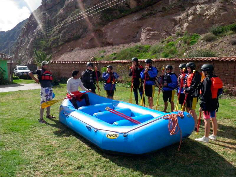 white-water-rafting-cusco-extreme
